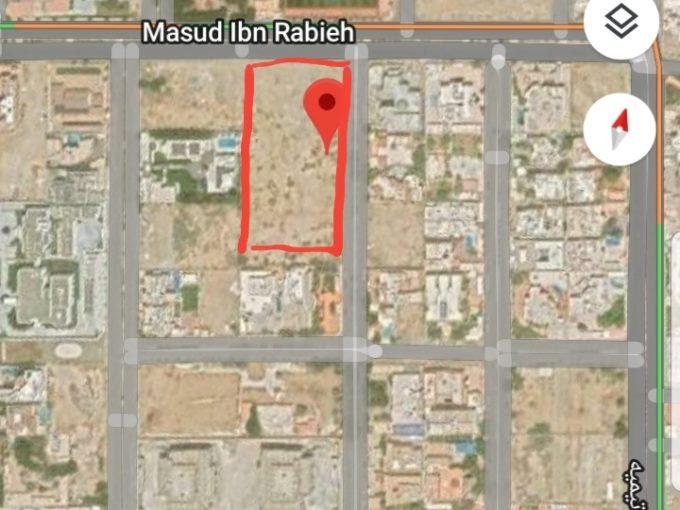 للبيع ارض سكنية 9870م حي المرجان جدة